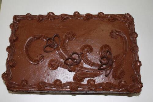Нарезной торт Шоколадный. 330 руб.-1 кг.